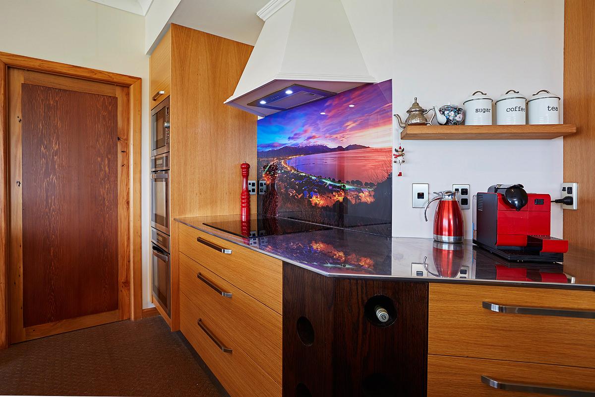 Image on glass kitchen splashback