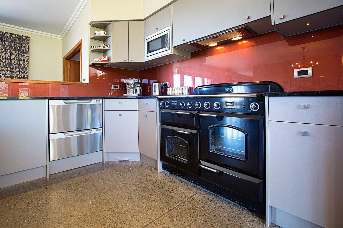 Custom kitchen cupboards